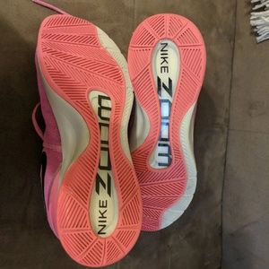 Nike Shoes - Nike Zoom Breast cancer awareness edition